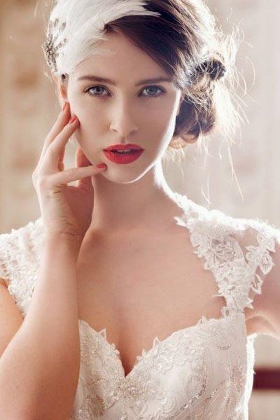 http://www.makeupcamarena.com/wp-content/uploads/2014/10/novias3-400x600.jpg