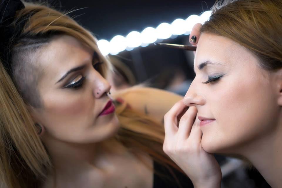 http://www.makeupcamarena.com/wp-content/uploads/2016/08/12400544_10208024847249840_3370923742230606613_n-960x640.jpg